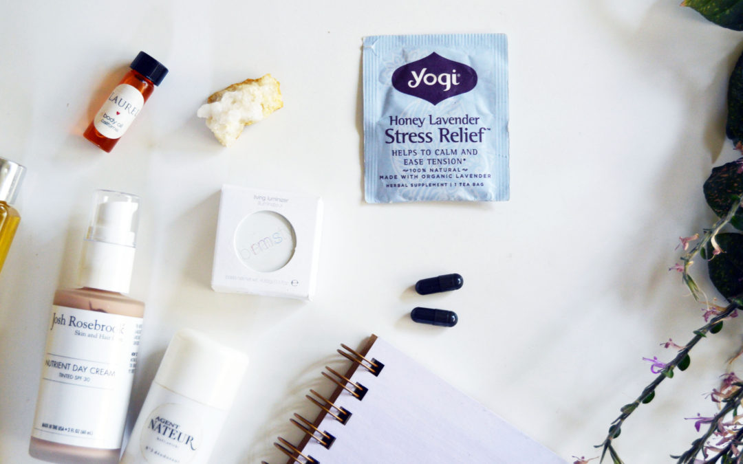 Healthy Travel Musts: Don't Get Caught Without These On-The-Go!